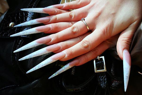 Как сделать ногти длинными визуально