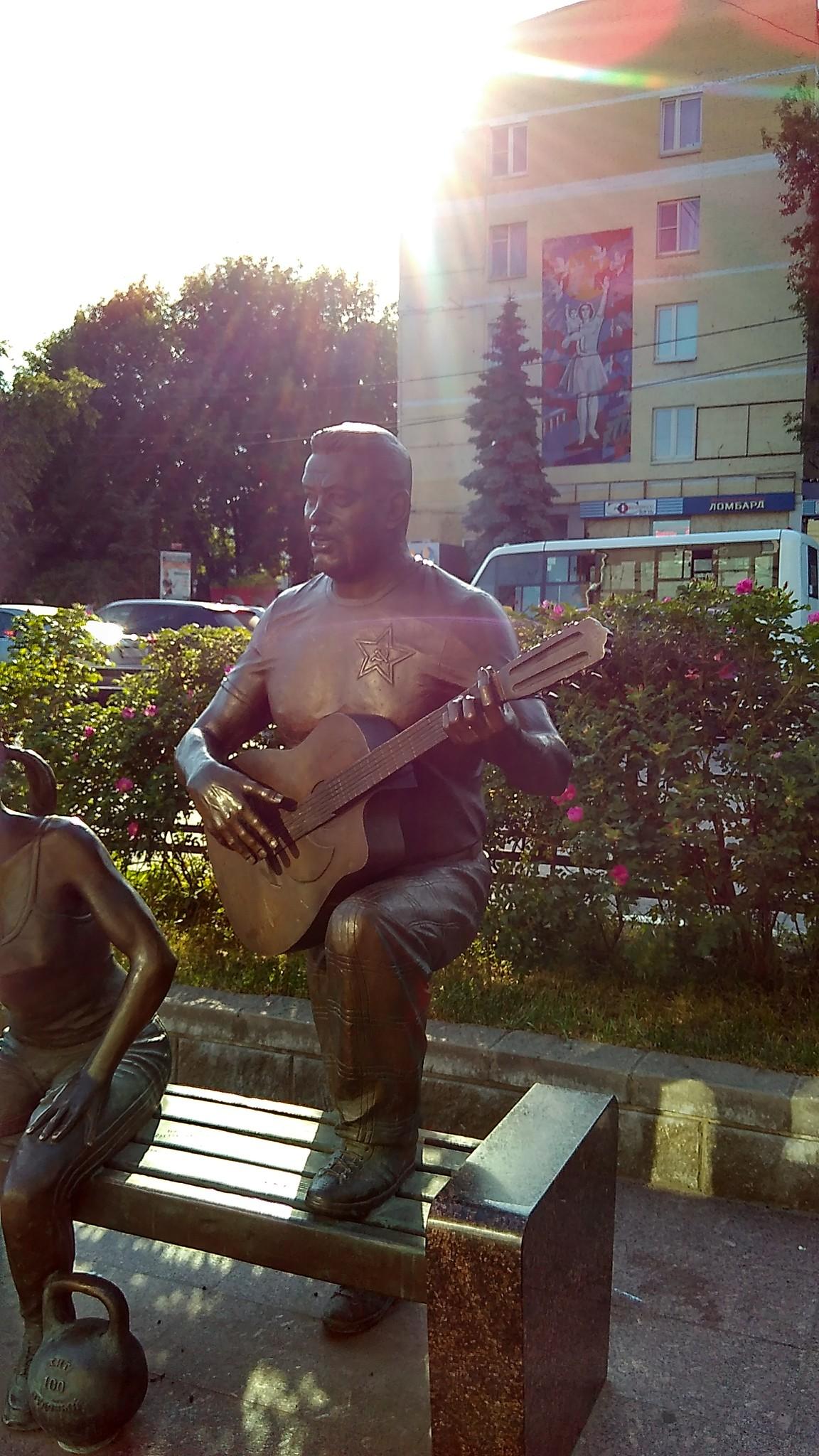 Памятники церетели в москве фото прекращает