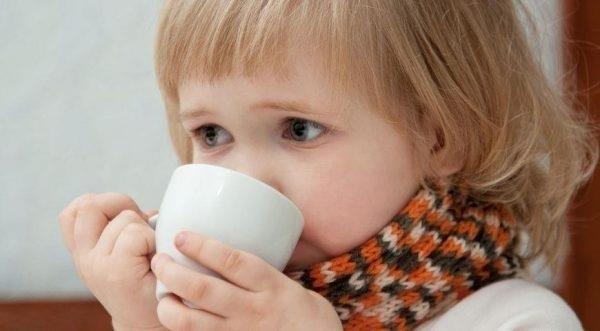 Можно ли малину при температуре детям